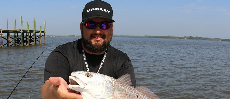 charleston charter fishing contact